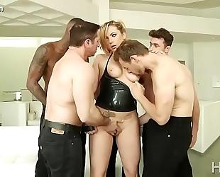 Aj applegate, dahlia sky, keisha grey uncensored pretty in group sex