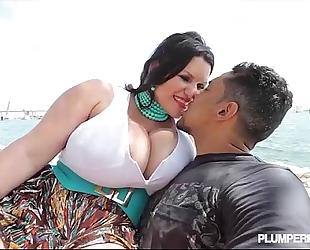 Sexy breasty large tit latin babe bbw angelina castro