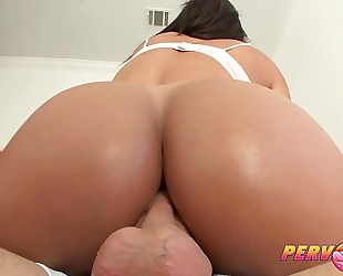 Pervcity stepmom desires anal