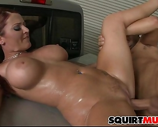 Sophie dee squirting muff