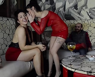 Sucking schlong in the vip area of a pub