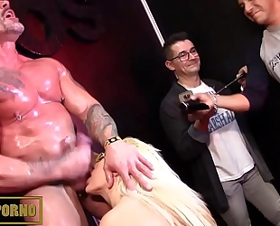 Bigtits blond and monster 10-Pounder fucking in intimate room
