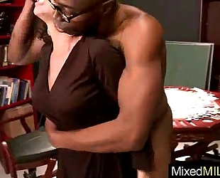 (veronica avluv) bitch milf love to engulf and fuck a large dark penis vid-28