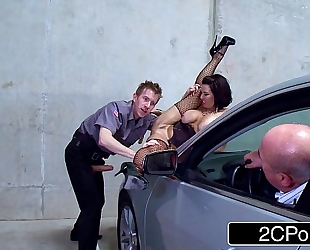 Slutty parking lot exhibitionist veronica avluv drilled by a security guard