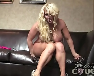 Female bodybuilder porn star alura jenson plays