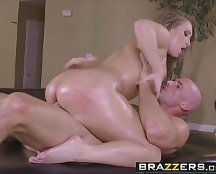 Brazzers.com - ribald masseur - (harley jade, johnny sins) - slip into my dms