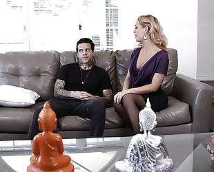 Cherie deville copulates with tattooed guy