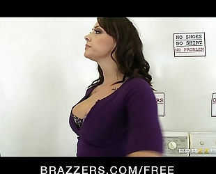 Natural-tit breasty rhylee richards drilled coarse in the laundromat