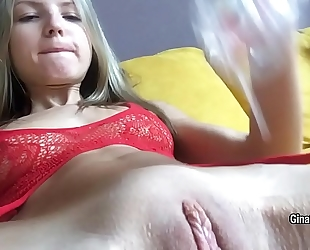 Lean-bodied blond gina gerson fondle her cunt with large glass fake penis on web camera