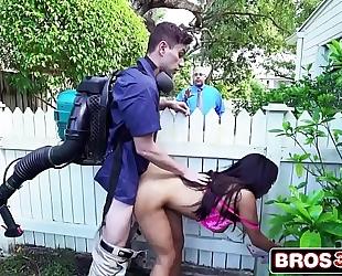 Sneaky lascivious black cock sluts priya price copulates the gardener