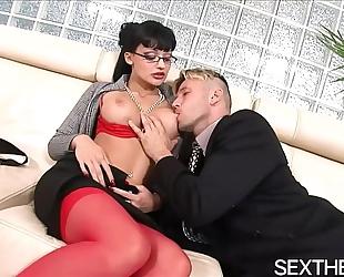 Aletta ocean gives oral job then hardcore sex