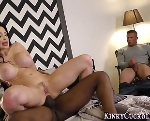 Cuckolding hottie spunked
