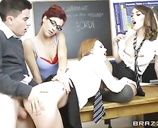 Jordi fucks his teacher and two sexy classmates at the same time