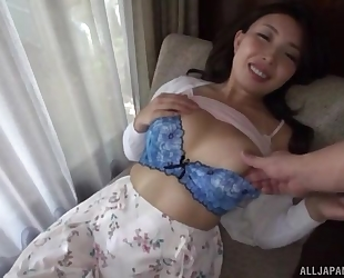 Asian minx gives head after getting her cunt fingered