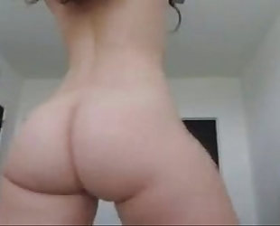 Whitegirl twerks large butt gazoo & undresses - greater quantity whooty at cam2flirt.com