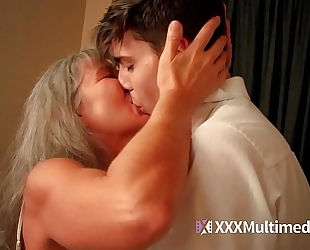Old step mom bonks juvenile son - leilani lei