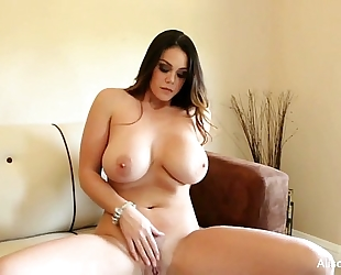 Alison tyler plays with her snatch