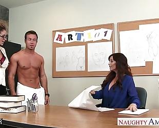 Sex teachers eva notty and syren de mer sharing a big rod in trio