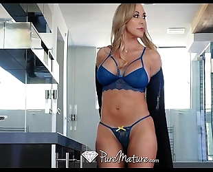 Pure older breasty milf brandi love sits on fortunate fellows face
